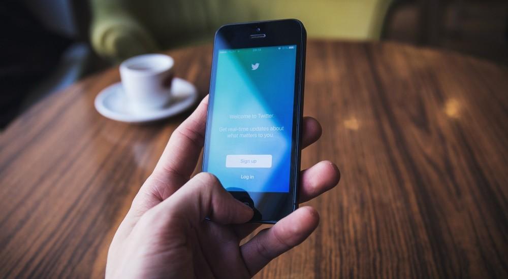 Хакеры командуют зомби-сетью изAndroid-гаджетов через Твиттер