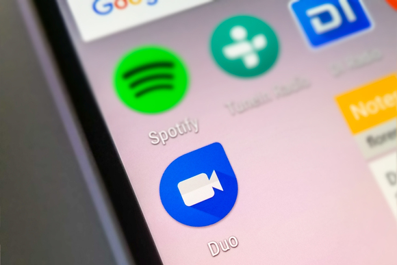 Duo заменит Hangouts вкачестве предустановленного приложения на андроид