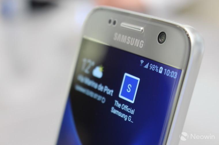 Самсунг остановила разработку телефона Galaxy S8