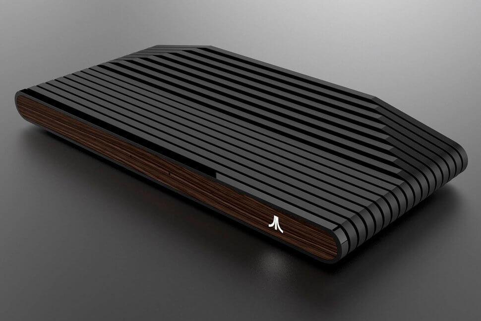 Atari анонсировала новейшую игровую консоль ипоказала первые изображения